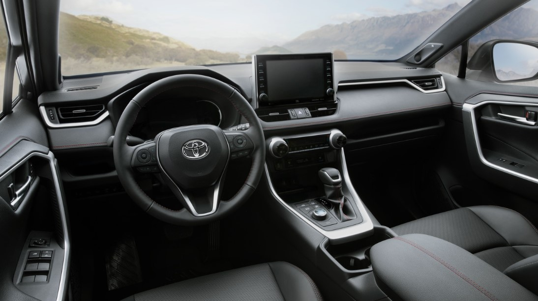 2021 Toyota RAV4 Prime Dashboard and Infotaiment features