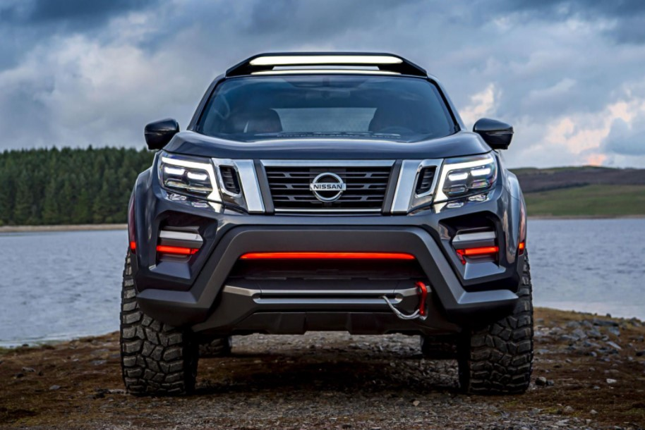 2021 Nissan Frontier Front View