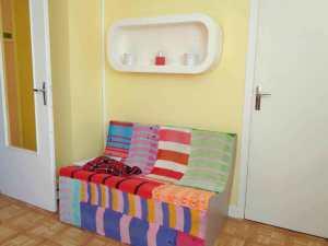 Un canapé en carton, facile à réaliser