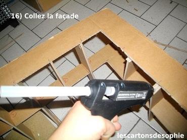 Un pistolet à colle, pour coller mes meubles en carton