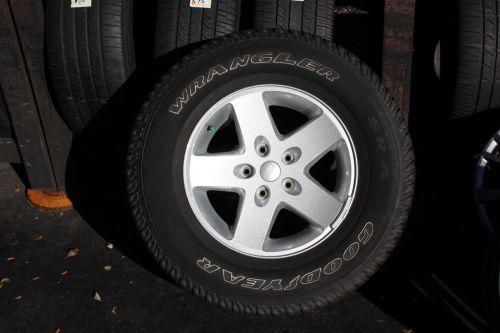 Jeep-Wrangler-2010-2011-2012-2013-2014-2015-17-OEM-Rim-2457517-Tire-9074-273651602616-1.jpg