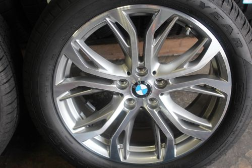 Set-of-Four-BMW-X1-2016-2017-18-OEM-Rims-Tires-22550R18-302878722040-3-1.jpg