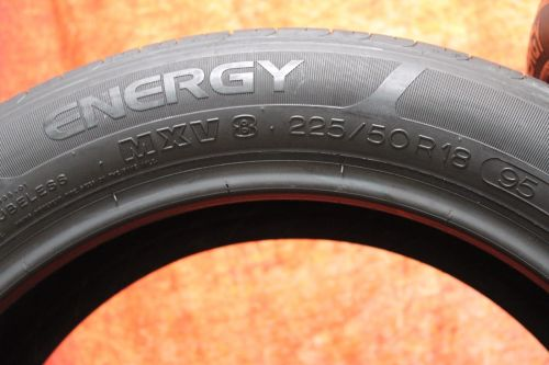 Two-Used-22550R18-2255018-Michelin-Energy-MXV-8-Passenger-Tires-Pair-5205-282473164575-9-1.jpg