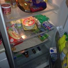 frigo vide cuisine enfant