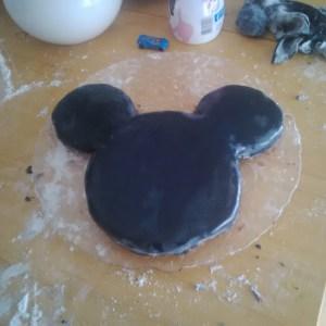 gateau mickey cake pate a sucre