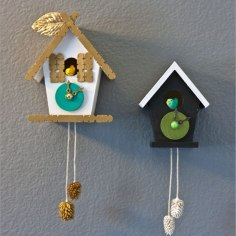 DIY Cuckoo Clock via http://www.everkelly.com/2010/08/diy-cuckoo-clock-and-free-download/