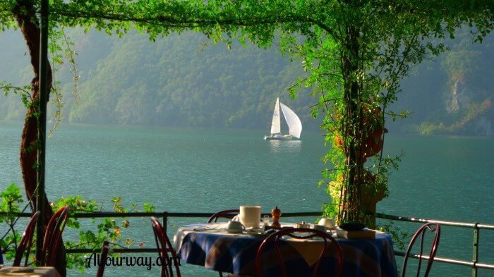 Breakfast all'aperto at Hotel Stella d'Italia in San Mamete-Valsolda Italy @allourway.com