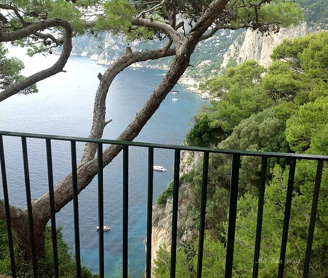 Capri, Italy walking about the Island on our way to Lagoon @allourway.com