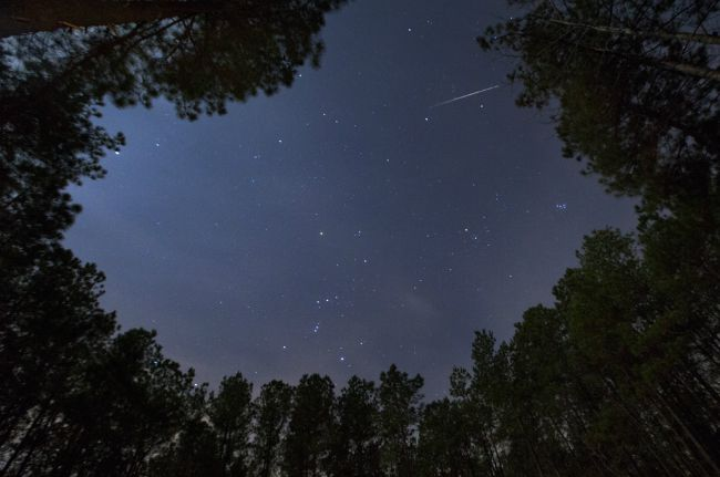 Starry night meteor shower, San Lorenzo @allourway.com
