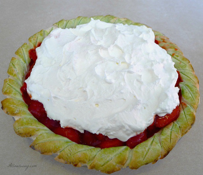 An Exceptional Thanksgiving Menu with Strawberry Pie with Whipped Cream @allourway.com