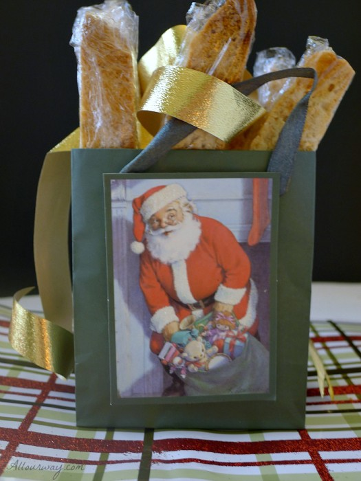 Piña Colada Biscotti in Gift Bag. An Italian double baked cookie that have pineapple, coconut ad macadamia nuts in it @allourway.com