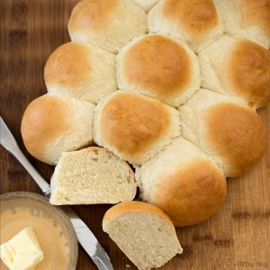 Easy 3-Hour Italian Dinner Rolls @allourway.com