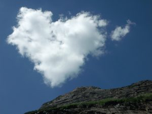 Attachment for Heart Shaped Cloud 19 of 57 - Real Picture Love Cloud on The Hill