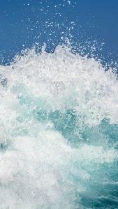 Beach Wallpaper for iPhone - 08 - Splash Wave