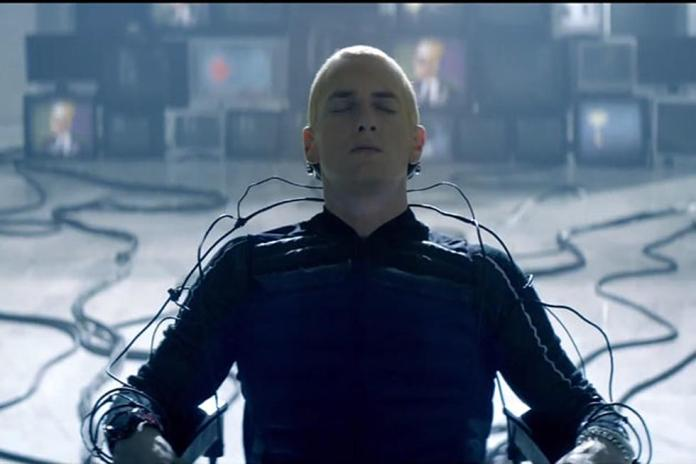 Eminem Scores 1 billion views rap god