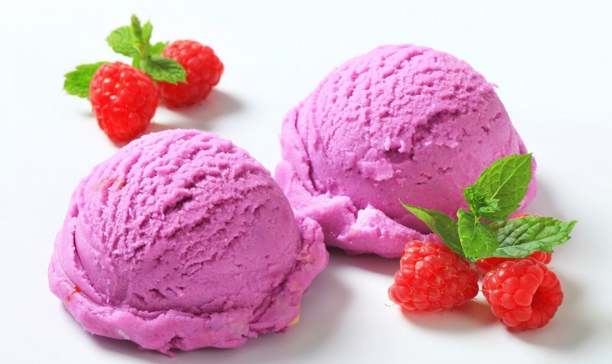 Raspberry Yogurt Ice Cream