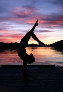 yoga-pose-handstand-13171-1