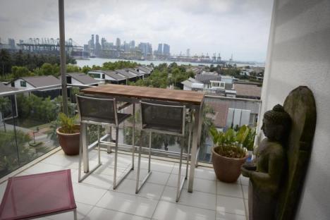 balcony bar 2