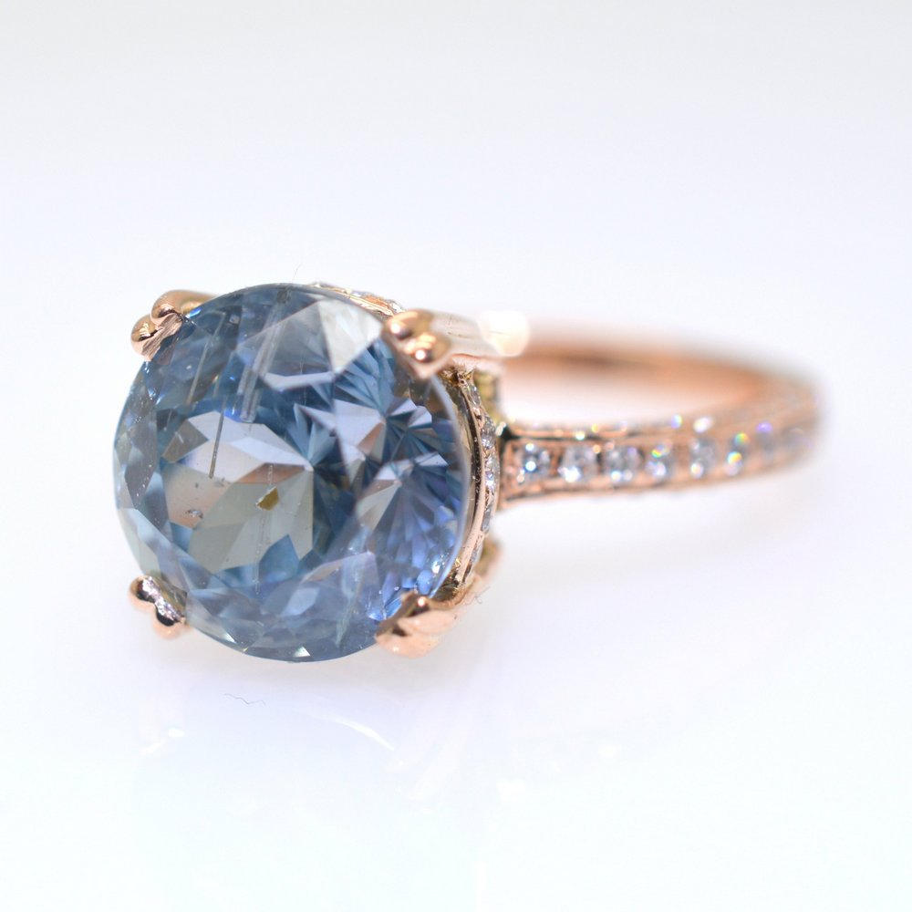 Turquoise blue round sapphire