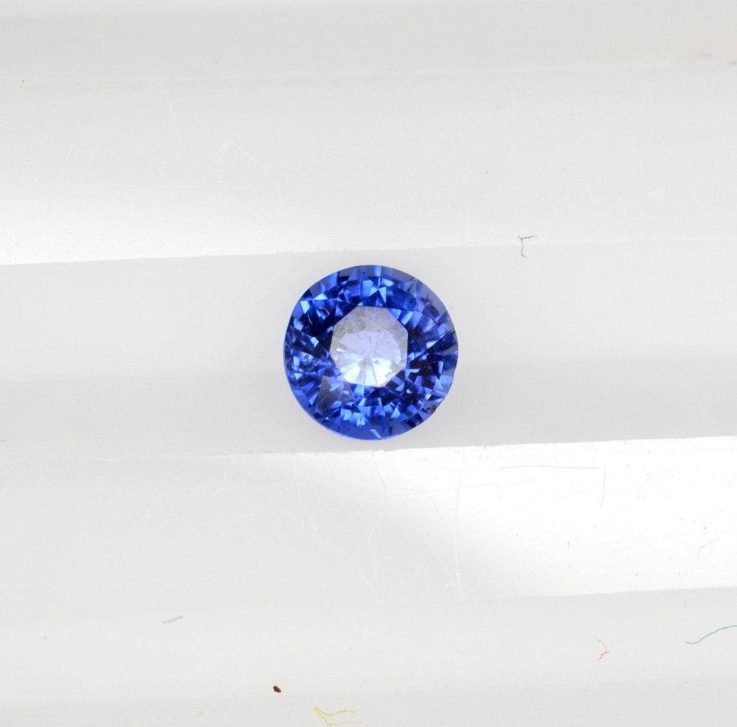 Pear round royal blue sapphire