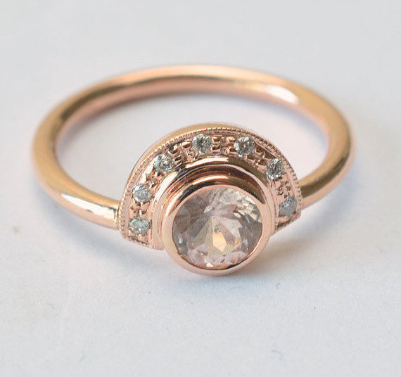 Vintage engagement ring Rose gold with round peach sapphire and