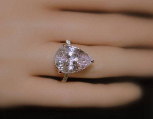 pear shape big kunzite silver ring color