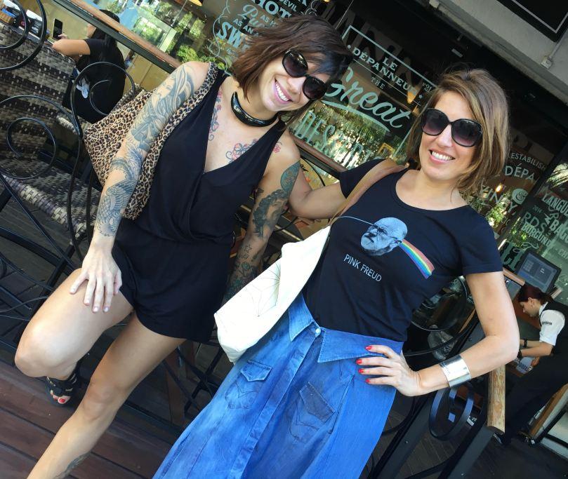 Sarah Taylor and Vivi Seixas standing outside a cafe in Rio de Janeiro