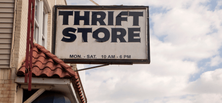 5 Perks a Shop Can Get From Putting Professional Signs Up