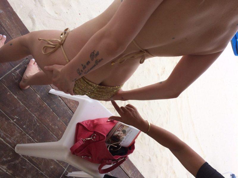 Avril Lavigne Nude