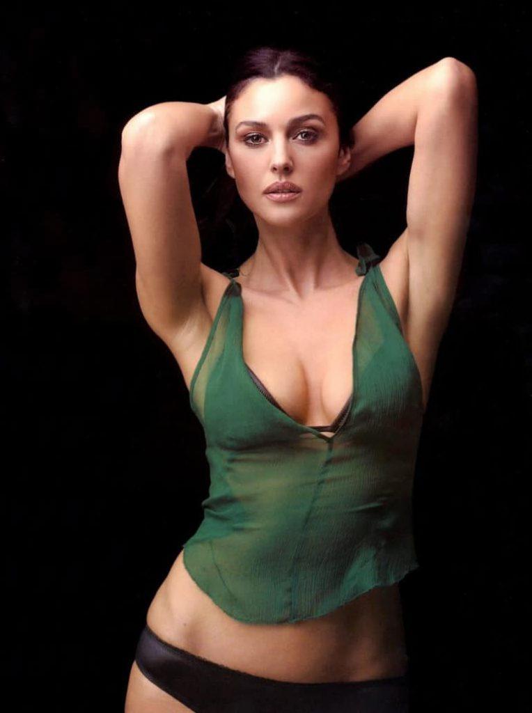 Monica Bellucci sexy
