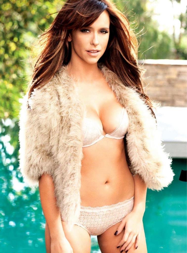 Jennifer Love Hewitt boobs