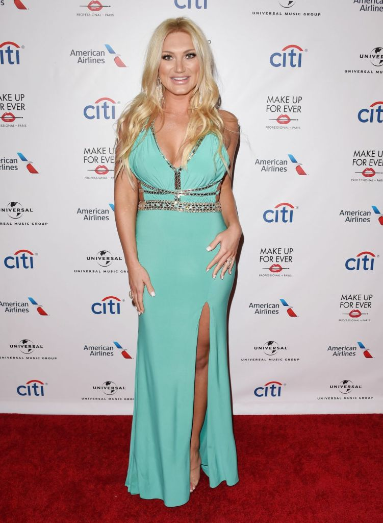 sexy brooke hogan photos