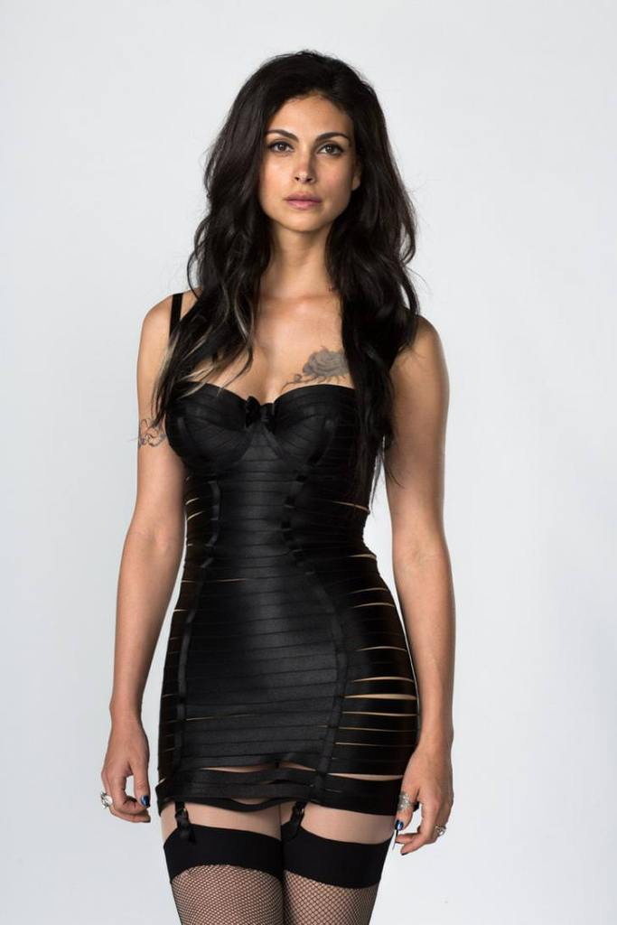 Morena Baccarin Sexy Outfit Pics