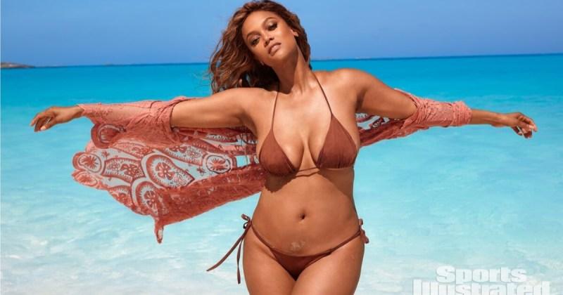 Tyra Banks sexy bikini