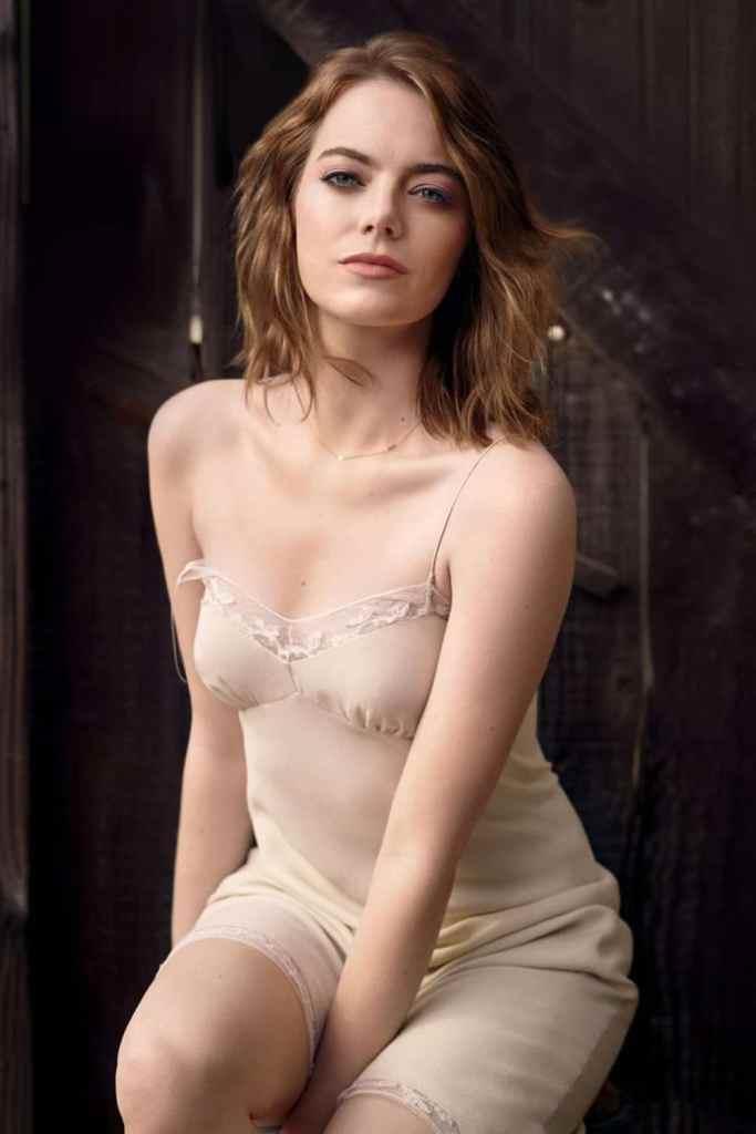 Emma Stone Sexy Pics