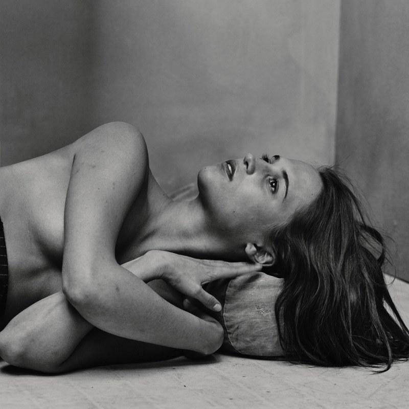 Alicia Vikander Sexy & Topless Pics