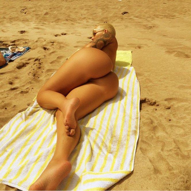 Amber Rose nude