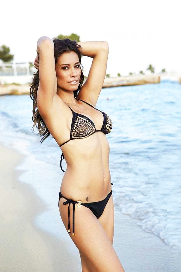 Melanie Sykes Sexy Pics