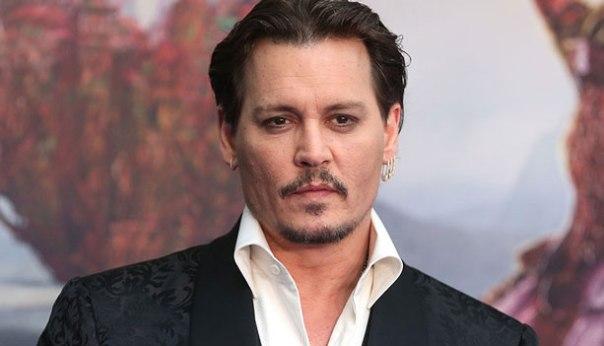 Johnny Depp Bio, Net worth, Height, Weight, Girlfriend