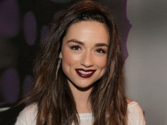 Crystal Reed Net Worth, Husband, Boyfriend, Wiki, Age & Height