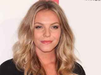 Eloise Mumford Age, Body Measurements, Boyfriend, Husband, Movies, Net Worth