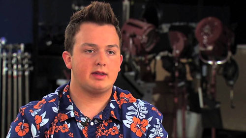 joka on dating Noah Munck