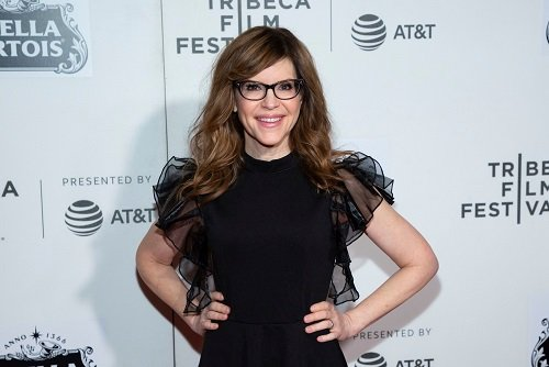 Image of actress and singer Lisa Loeb