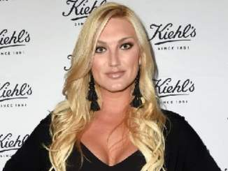 Picture of an actress Brooke Hogan