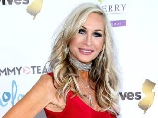 Kim Depaola Bio, Wiki, Age, Height, Net Worth, Salary, Married, & Son