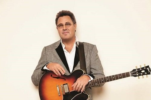 Vince Gill Wiki, Net Worth, Career, Wife, & Children
