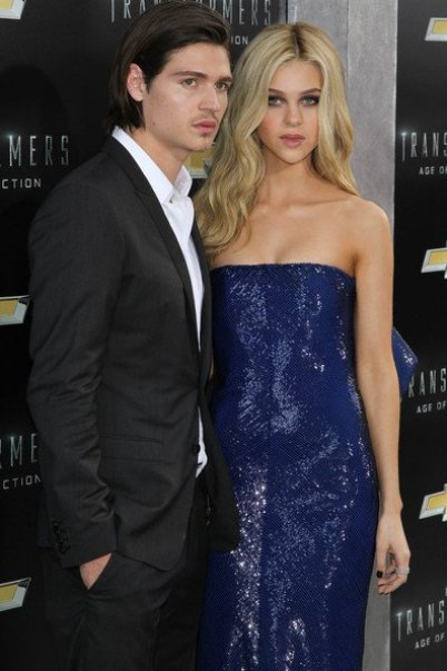 Nicola Peltz and her brother William Peltz