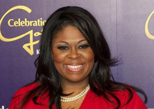 Kim Burrell Bio, Family, Net Worth, Age, Husband, & Daughter