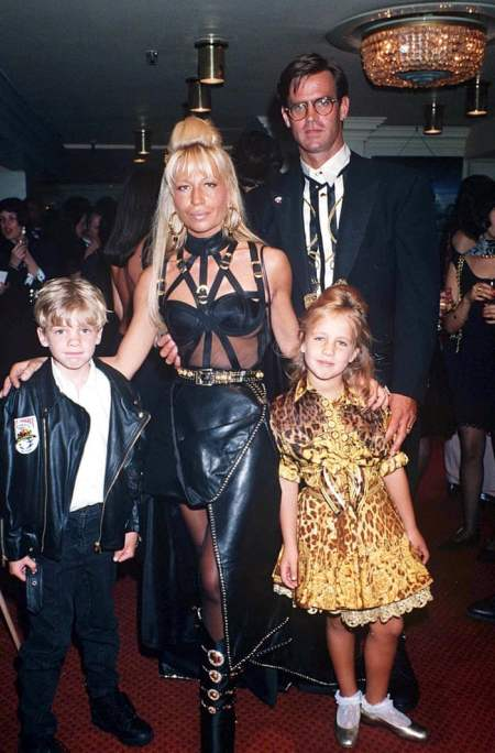 Donatelle with her ex-husband Paul Beck and her children