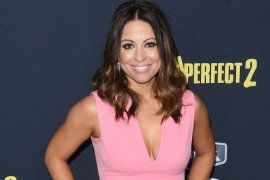 Kay Cannon Age, Net Worth, Married, Husband, Children & Wiki